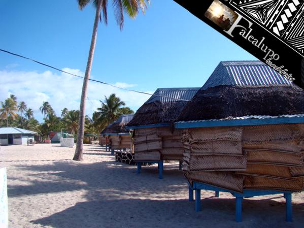 Falealupo_beachfales_03
